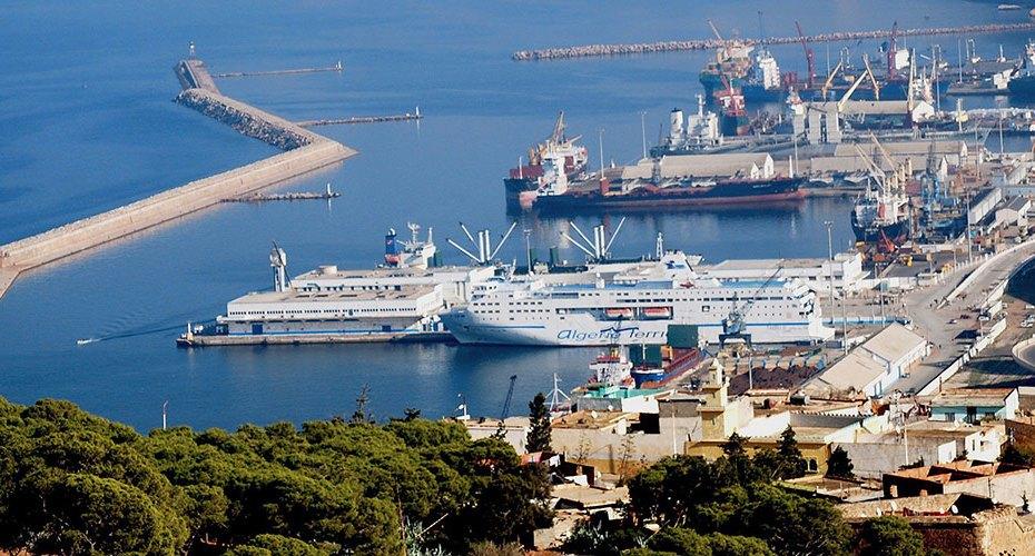 موانئ الجزائر تتكبد خسائر بالمليارات