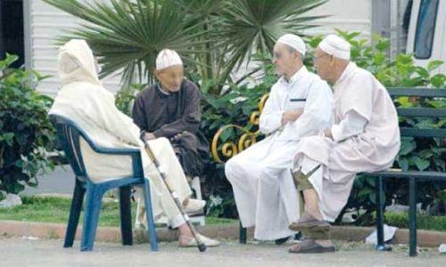 عدد كبار السن المتواجدين في دور المسنين