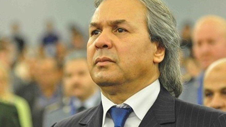 رابح ماجر نجم الكرة الجزائرية السابق يُساند ممثل الجزائر قاريا