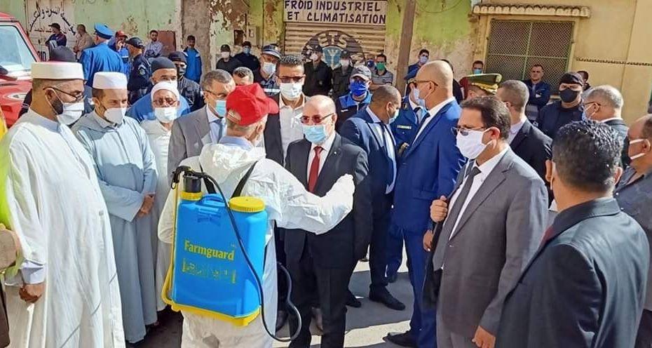 الحكومة تراهن على المسجد والإمام لإقناع المواطنين بالتلقيح