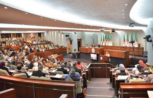 البرلمان يستأنف أشغاله الأحد المقبل