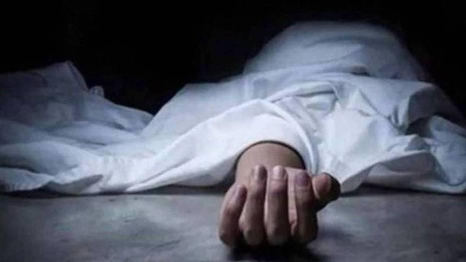 شرطي يقتل أربعة من عائلته رميا برصاص