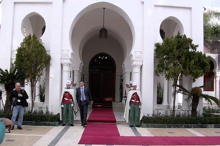 اعتماد أربعة سفراء جدد في الجزائر