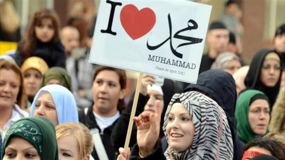أحزاب جزائرية تشجب حملة الإساءة للإسلام والمسلمين