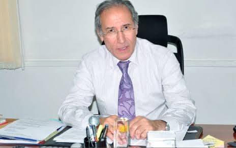 بسبب صفقة مشبوهة.. تبون يقيل وزير النقل من منصبه