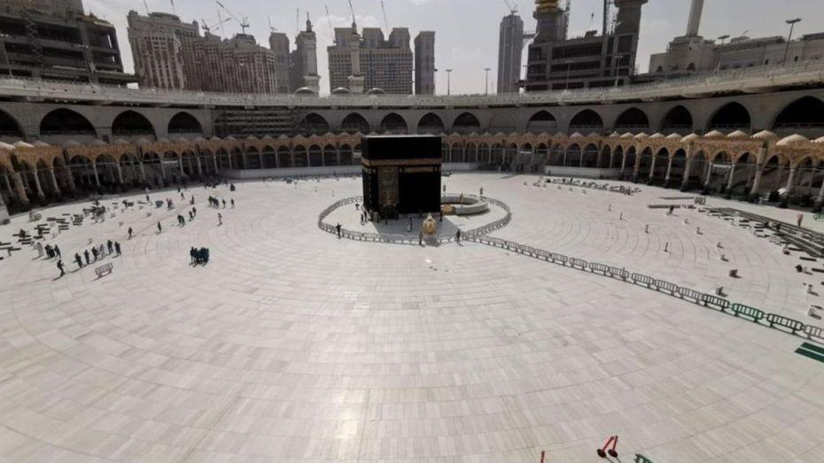 السعودية تحدد موعد بداية استقبال المعتمرين من خارج البلاد