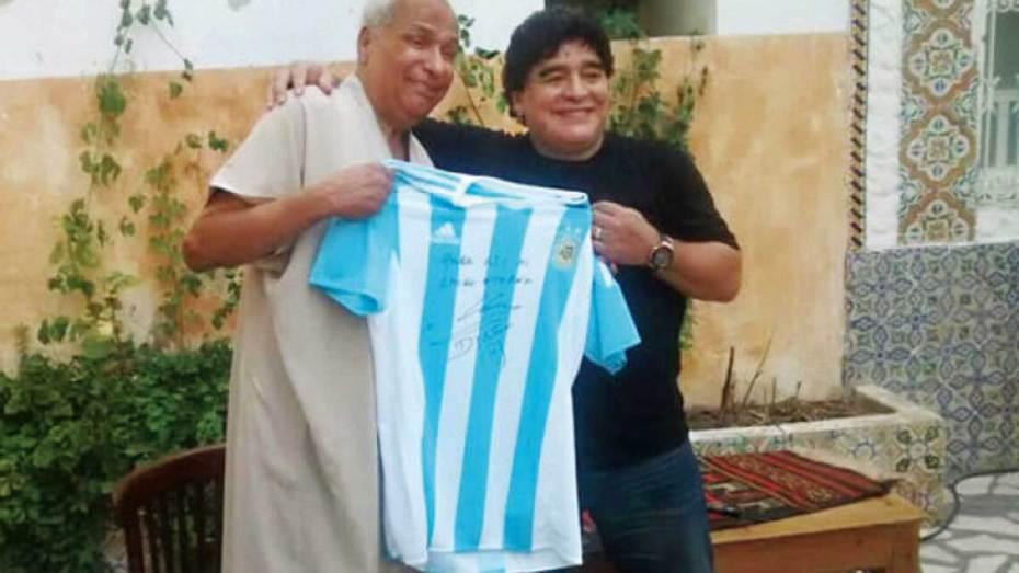 في حوار مع أوراس.. الحكم التونسي بن ناصر يروي قصته مع هدفي مارادونا ضد إنكلترا