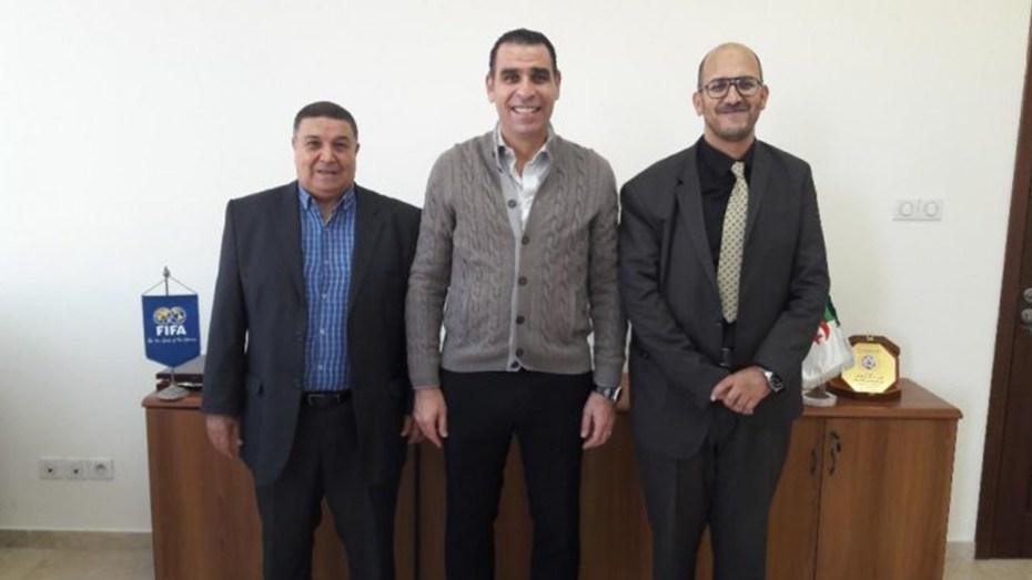 """خير الدين زطشي يُنصب رئيس لجنة النزاهة على مستوى """"الفاف"""""""