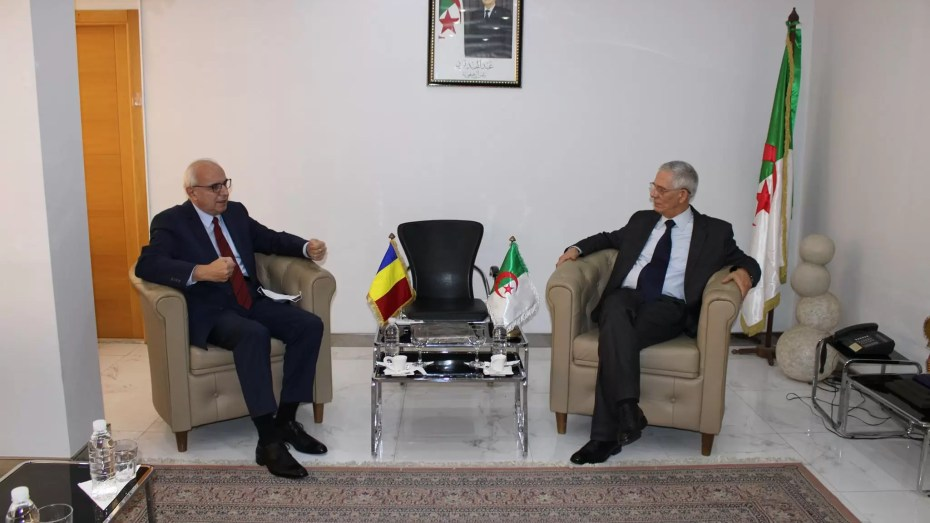 رومانيا تسعى لإقامة مشاريع استثمارية بالجزائر