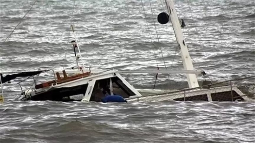 العثور على جثتين للبحارة المفقودين بعد غرق قارب صيد بالصابلات