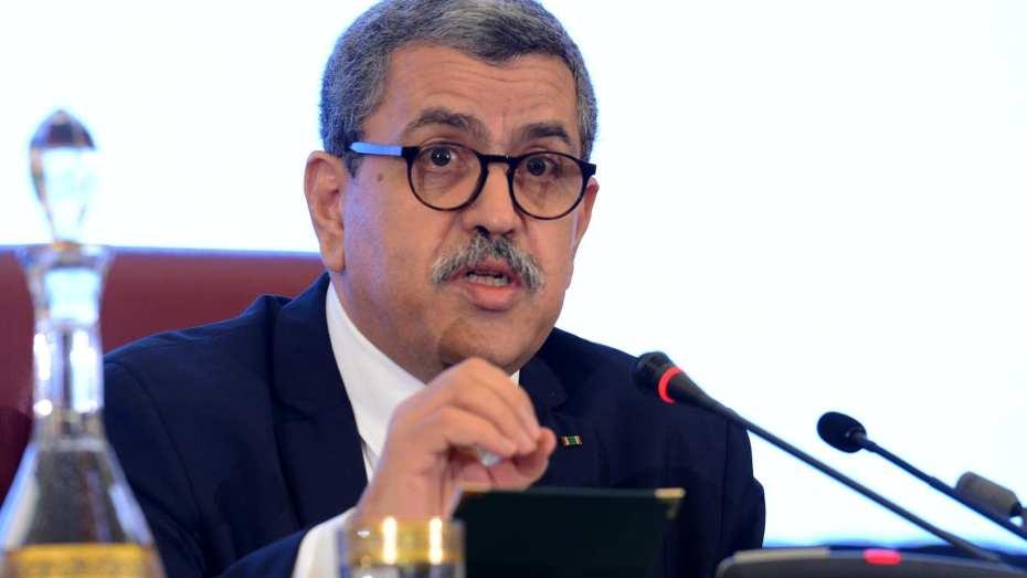 الجزائر والصين يتباحثان حول كورونا