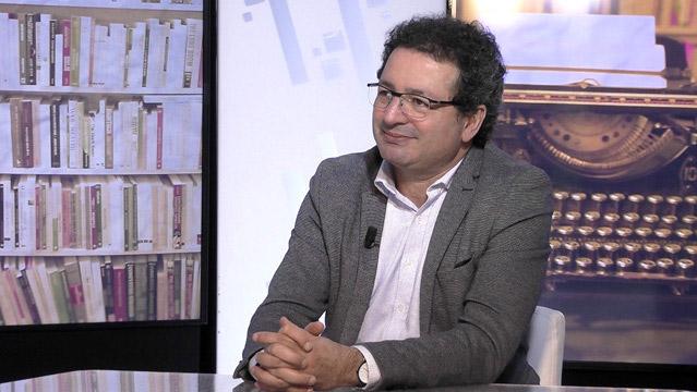 انتخاب بروفيسور جزائري رئيسا لجامعة باريس