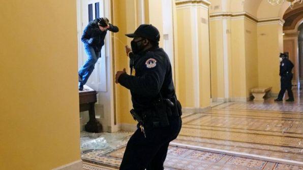 اقتحام الكونغرس5