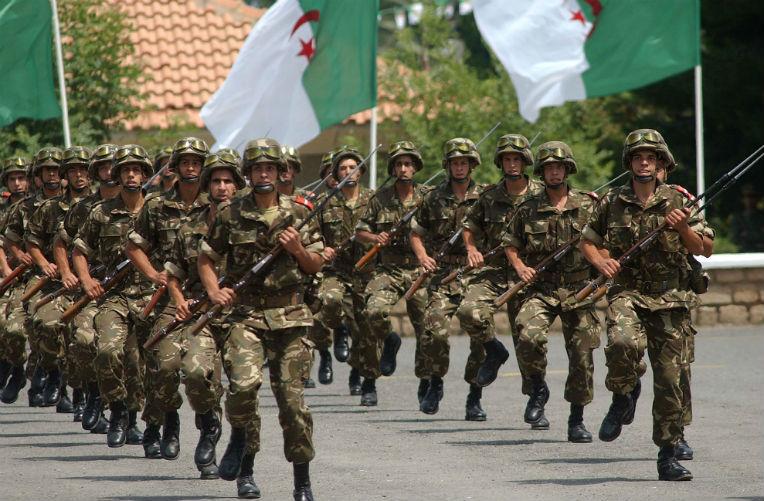 الجيش الجزائري يتوعد المتربصين بأمن وسلامة البلاد