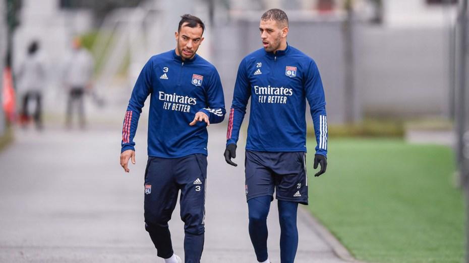 بن العمري وسليماني يُواصلان سعيهما لقلب الموازين في نادي ليون الفرنسي