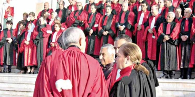 نقابة القضاة: الوضعية السوسيومهنية للقضاة تنذر بانفجار الوضع