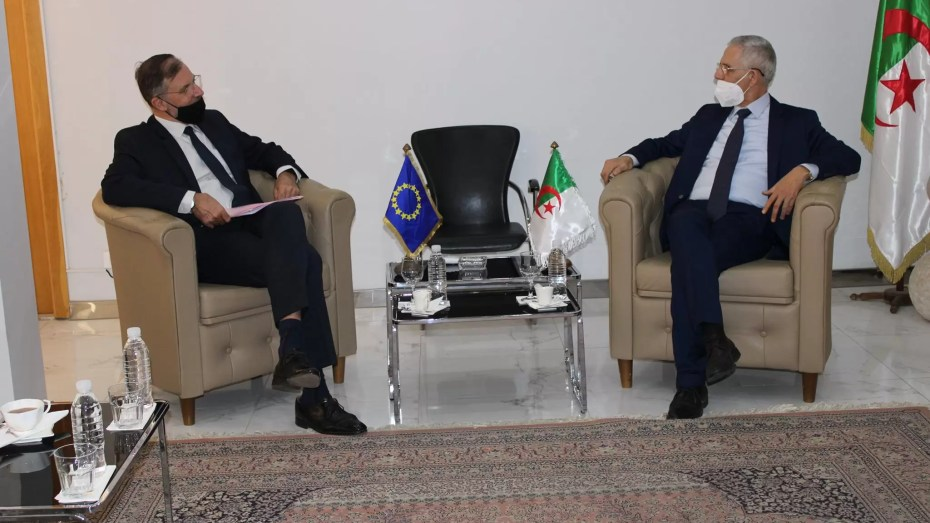 وزير الصناعة يبحث التعاون الاقتصادي بين الجزائر والاتحاد الأوروبي