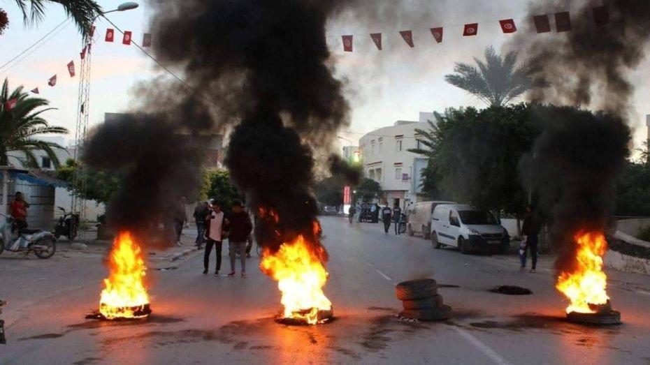 اشتباكات بين الشرطة ومحتجين في تونس إثر اعتداء على راعي غنم