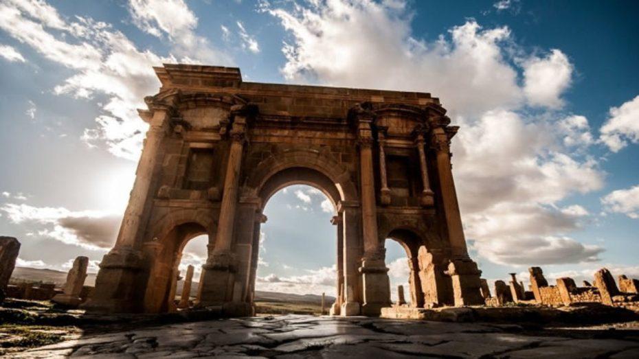 خريطة أثرية جديدة للجزائر تكشف وجود آلاف المواقع الأثرية