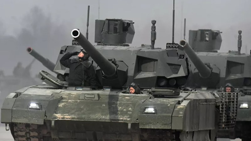 """الجزائر تصوب أعينها على الدبابة الروسية القتالية الجديدة """"تي-14"""" أرماتا"""