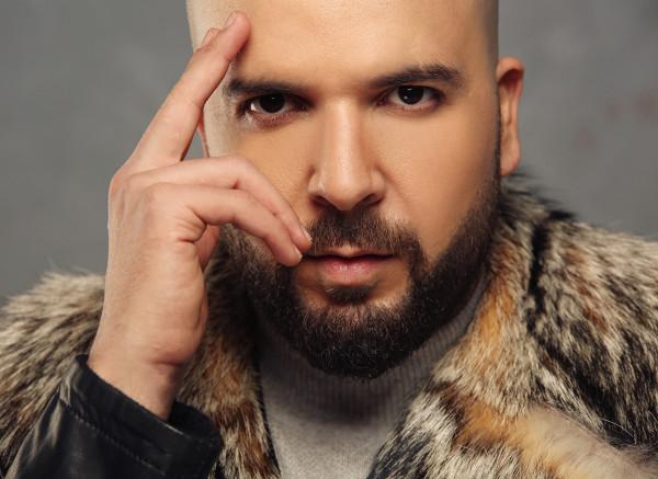 """فنان مغربي ينفي أن تكون موسيقى """"الراي"""" جزائرية ويؤكد على مغربيتها"""