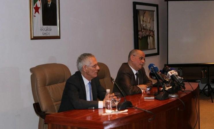 أول تعليق لفرحات آيت علي براهم بعد إقالته من وزارة الصناعة