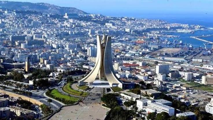 توقعات حالة الطقس اليوم الخميس بالجزائر