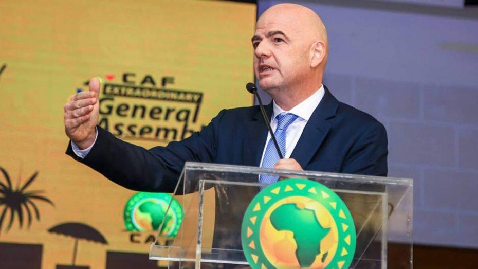 """""""الكاف"""" تخضع لرغبات رئيس الاتحاد الدولي لكرة القدم السويسري جياني إنفانيتو"""