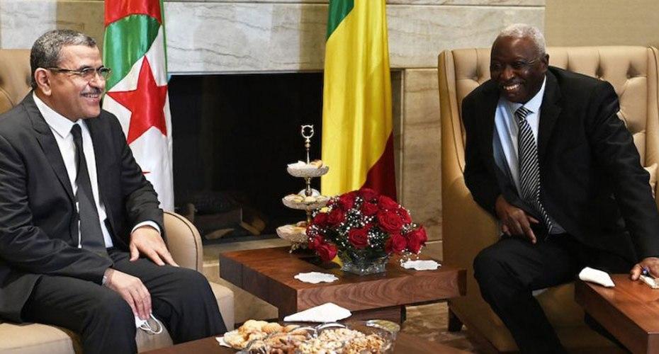 الوزير الأول يحظى باستقبال من الرئيس المالي