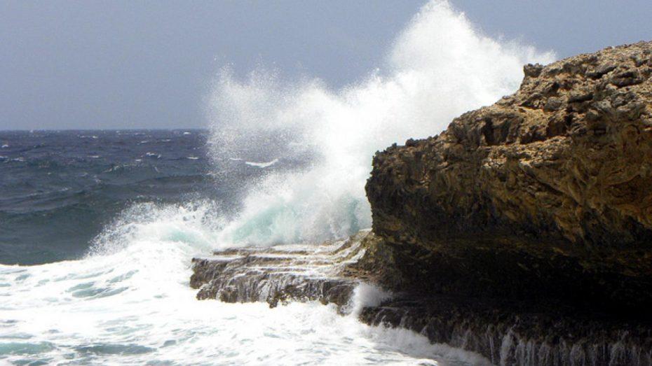 طقس: رياح قوية بالسواحل