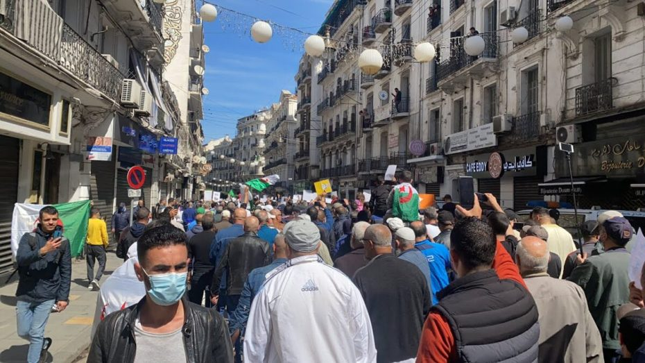 تجدد مسيرات الحراك الشعبي للجمعة 110