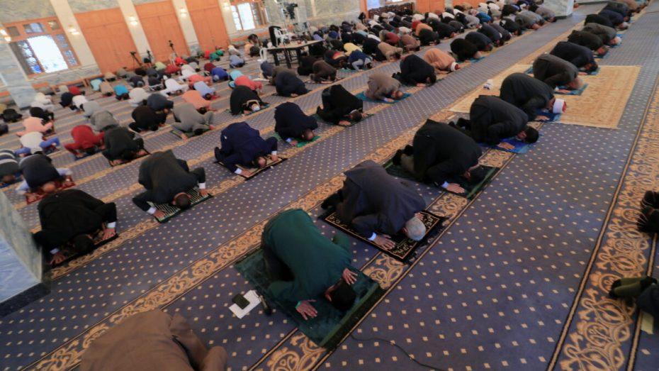 وزير الشؤون الدينية يكشف شروط السماح بإقامة صلاة التراوح