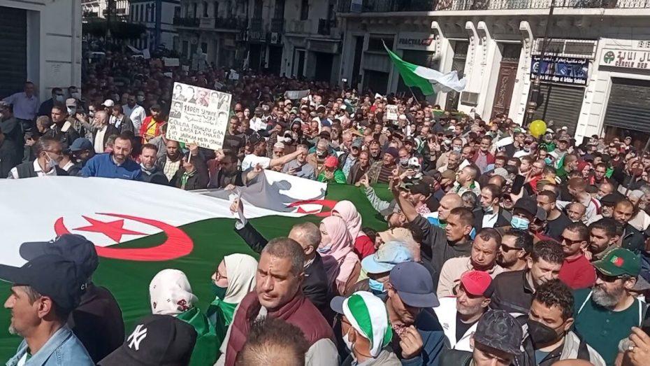 مديرية الأمن: توقيف رعية مغربي مندسا في مسيرات الحراك