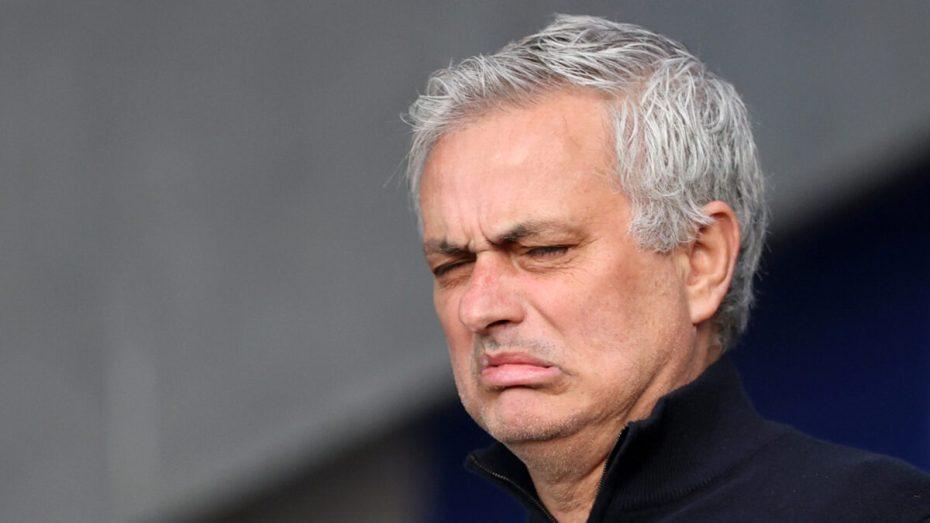 جوزي مورينيو يُقال من منصبه مدربا لفريق توتنهام هوتسبير الإنجليزي