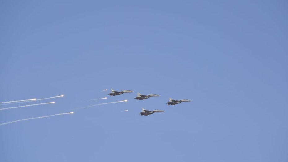 """الجيش الجزائري يجري مناورات بعنوان """"الضربة الوقائية في عمق إقليم العدو"""""""