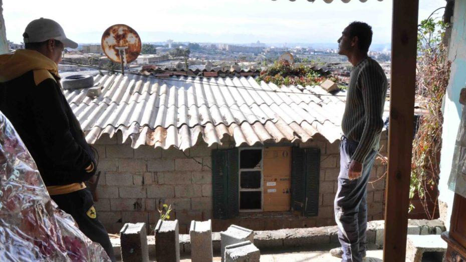 120 ألف منزل دون كهرباء في مناطق الظل