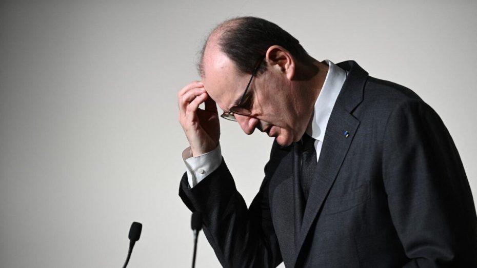 هل رفضت الجزائر زيارة رئيس الوزراء الفرنسي؟