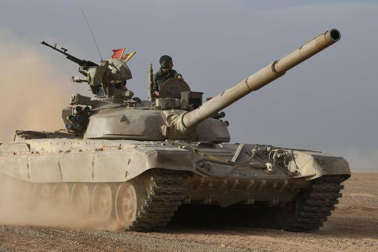 الجيش الجزائري يطور دبابات روسية لمواكبة الحروب العصرية