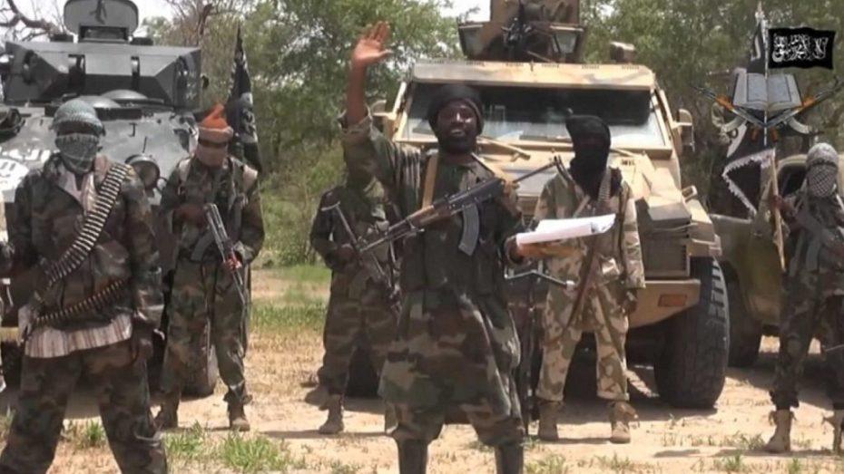 """انتحار زعيم جماعة """"بوكو حرام"""" خلال معركة بينه وبين تنظيم """"داعش"""""""
