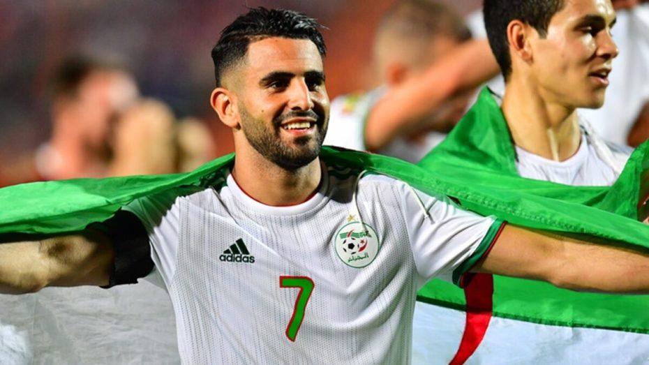 قائد المنتخب الوطني رياض محرز: بطل واحد هو الشعب الجزائري