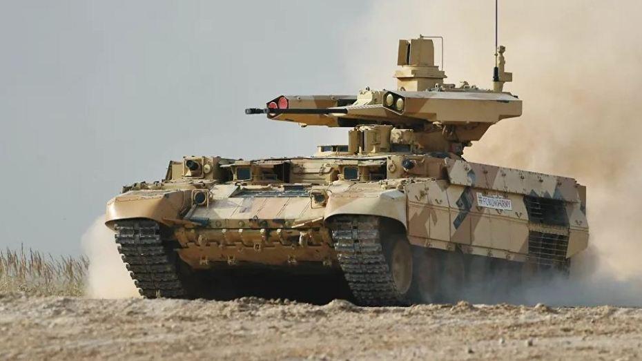 """بالفيديو.. أول ظهور للمركبة القتالية """"ترميناتور الرمال"""" في الجزائر"""