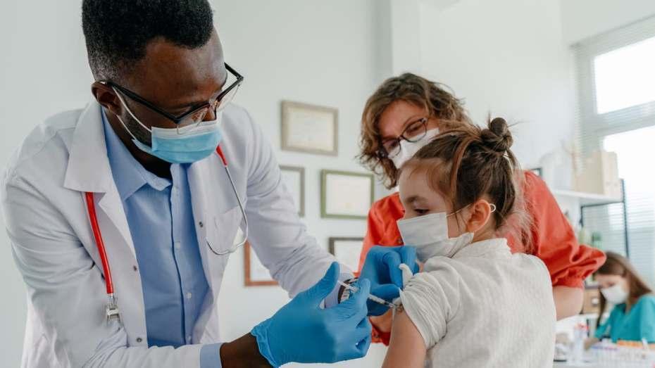الصحة العالمية تعلن إمكانية تطعيم الأأطفال ضد كورونا