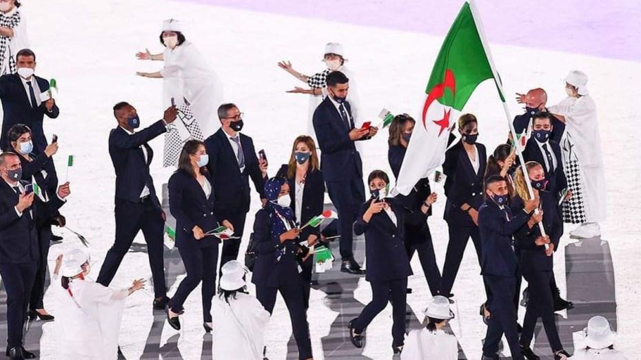 شهد اليوم الثاني لمنافسة الألعاب الأولمبية، المقامة فعالياتها بالعاصمة اليابانية طوكيو، مواصلة الرياضيين الجزائريين، الظهور بشكل مخيب وصنع الإخفاقات لليوم الثاني تواليا.