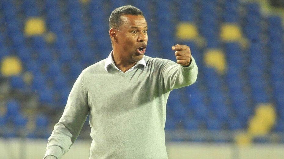 """شبيبة القبائل سبب ضغط """"رهيب"""" يُلاحق مدرب الرجاء البيضاوي المغربي"""