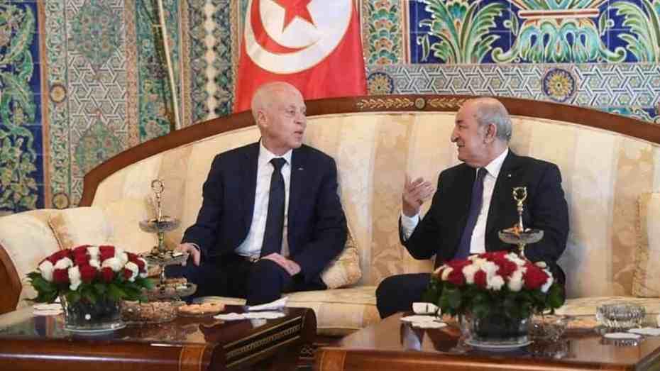 صحيفة فرنسية: الجزائر أقنعت تونس بعدم التعامل مع حركة النهضة
