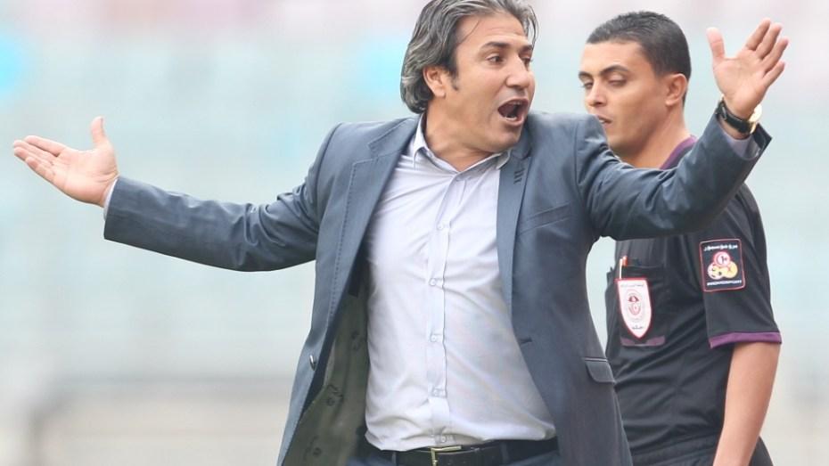 """التونسي نبيل الكوكي يتعرض """"للعنصرية"""" في الدوري الجزائري لكرة القدم"""