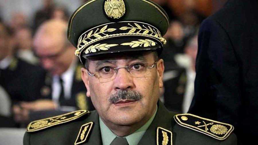 هذه قائمة العسكريين الفارين من العدالة الجزائرية