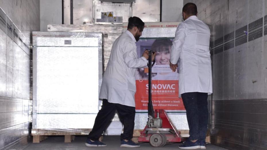 درار يكشف أن الصين ستزود الجزائر بـ 17 مليون جرعة من اللقاح