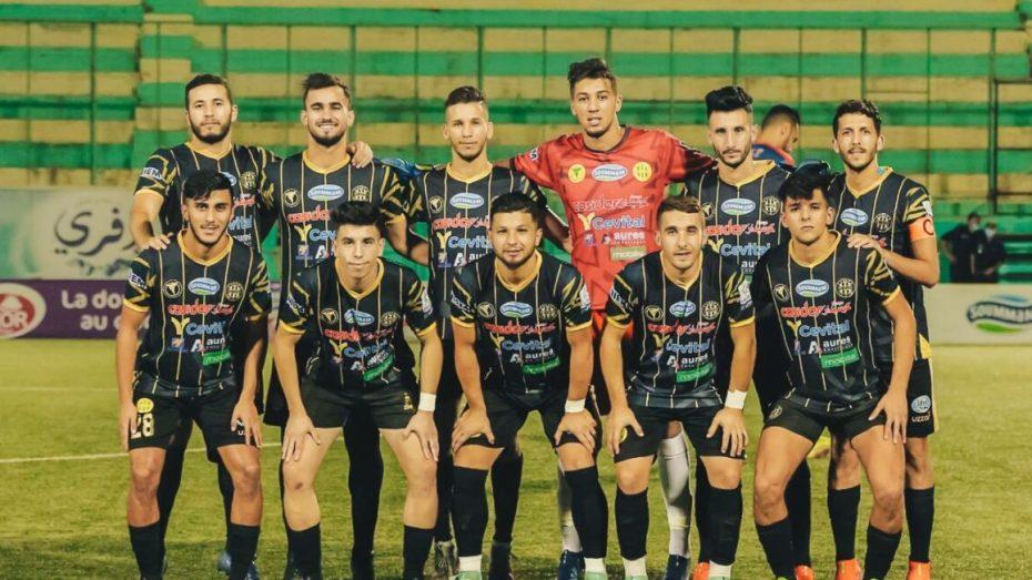 الاتحادية الإفريقية لكرة القدم تفرض عقوبة على نادي شبيبة القبائل