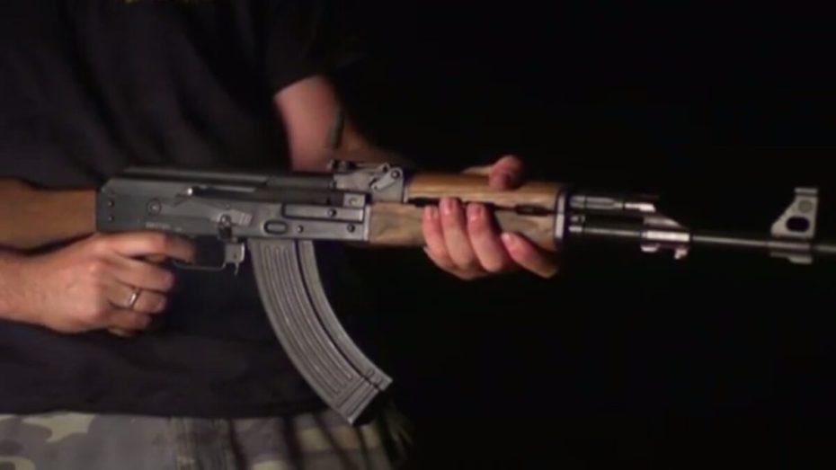 بالكلاشينكوف.. هجوم مسلح بولاية عين الدفلى يسقط ضحية ومصابين